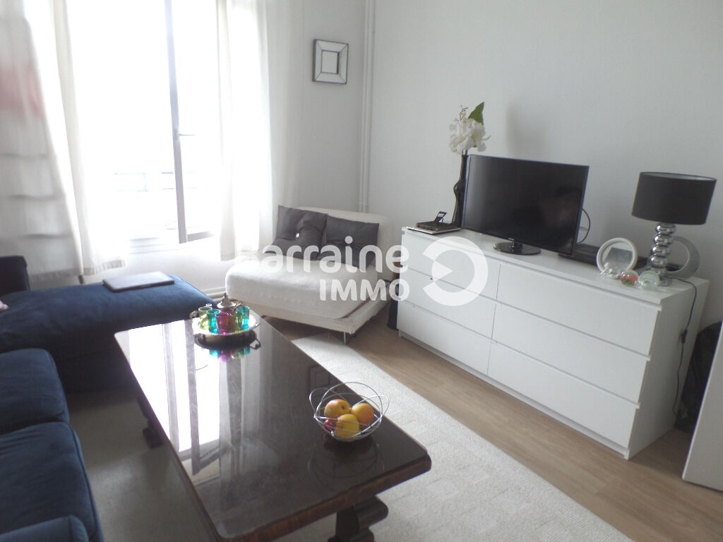 LOCATION BREST SIAM APPARTEMENT T1 BIS 33 M² ENTIEREMENT RENOVE