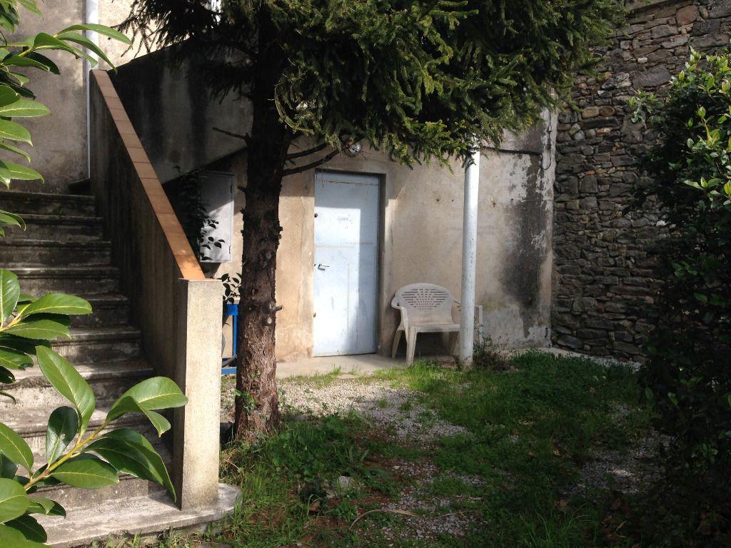 Maison de village habitable de suite