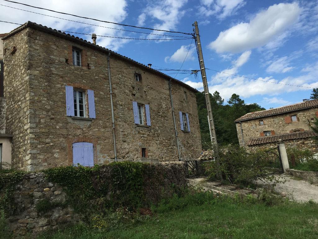Maison de village entièrement renovée avec gout