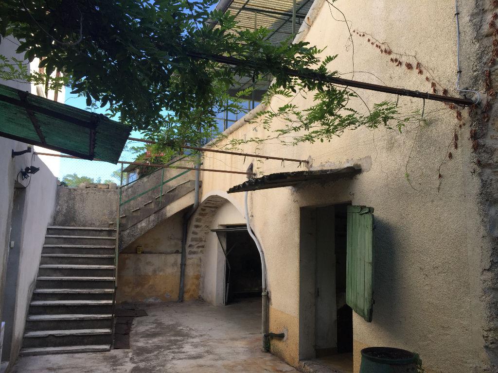 Maison individuelle ou deux appartements