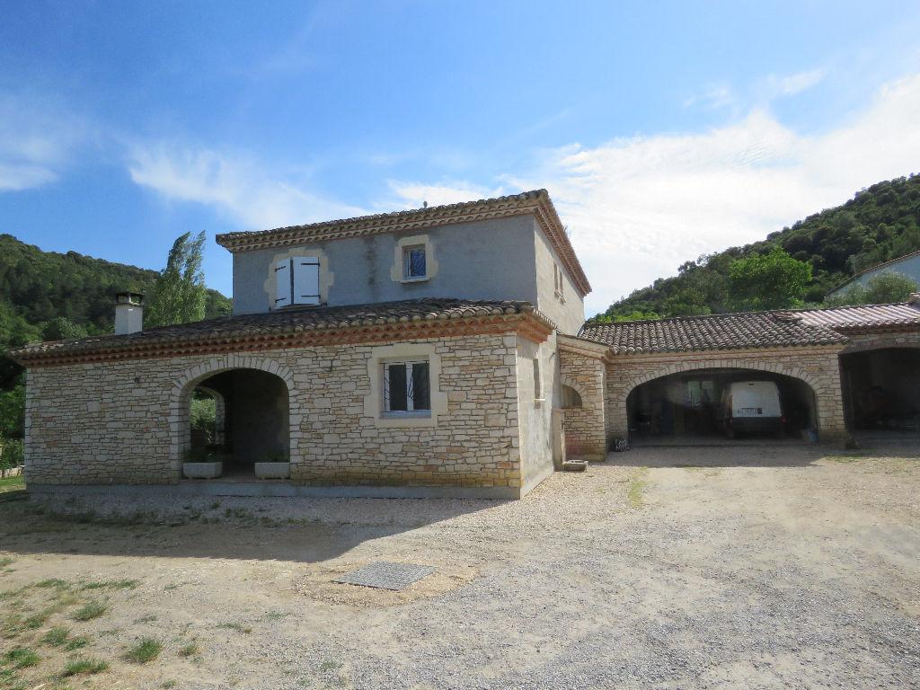 Maison Saint Ambroix 6 pièce(s) 150 m2