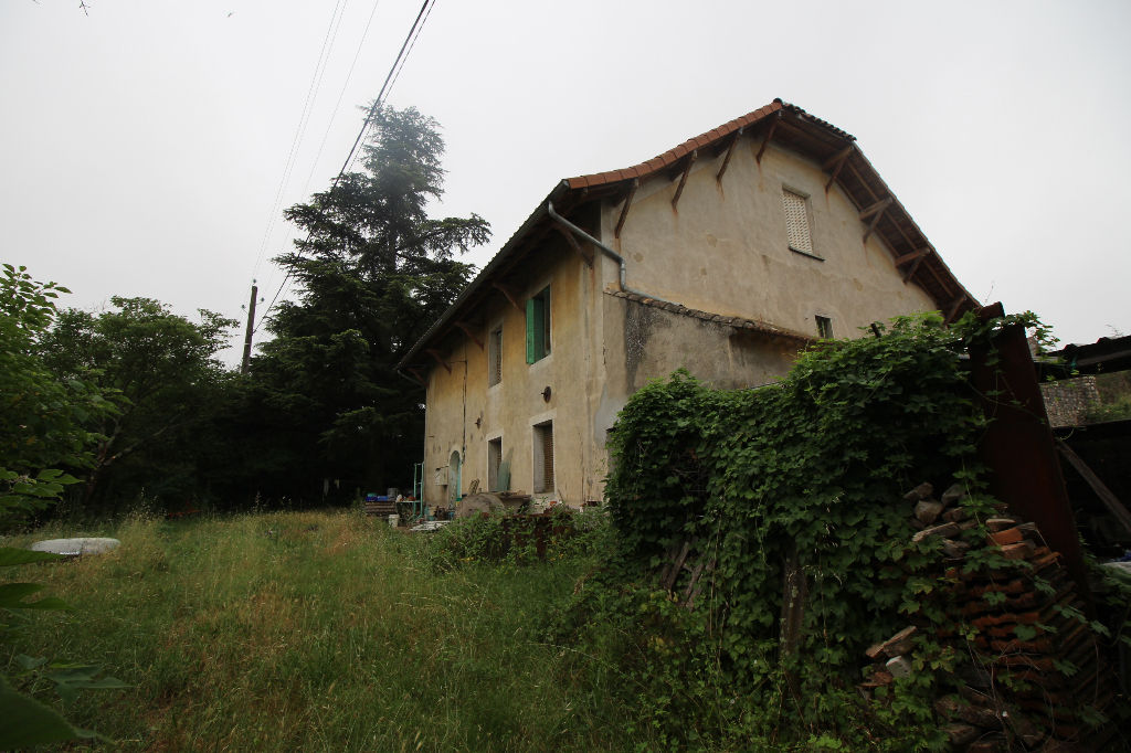 RARE - MAISON EN PIERRES AVEC 1HECTARE DE TERRAIN
