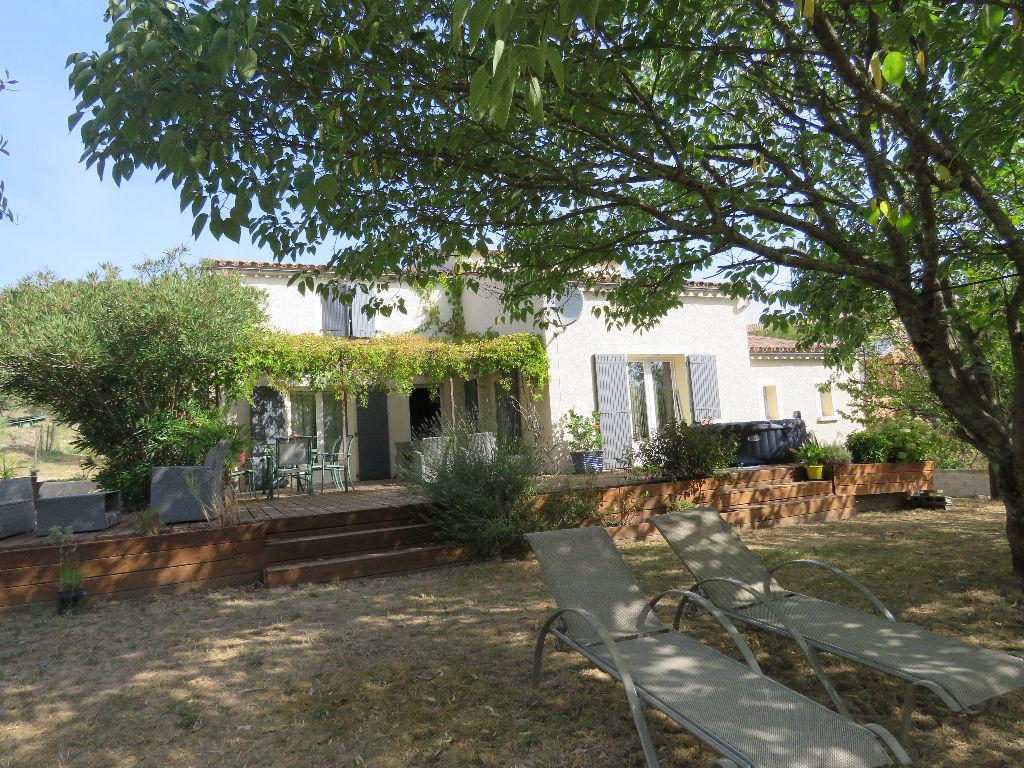 Maison Saint Ambroix 7 pièce(s) 150 m2