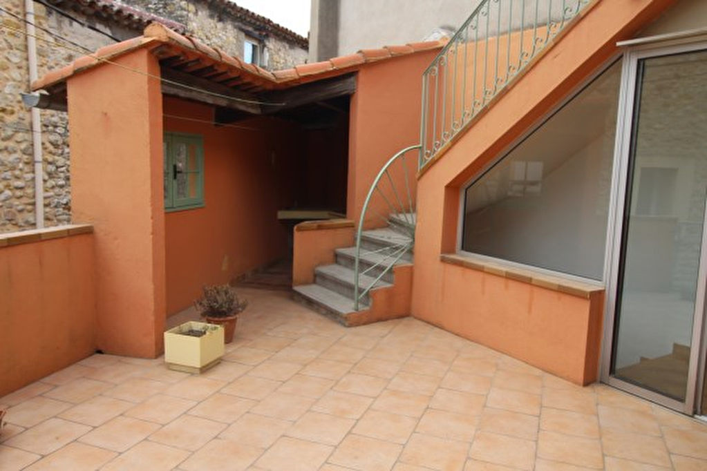 Maison avec terrasses