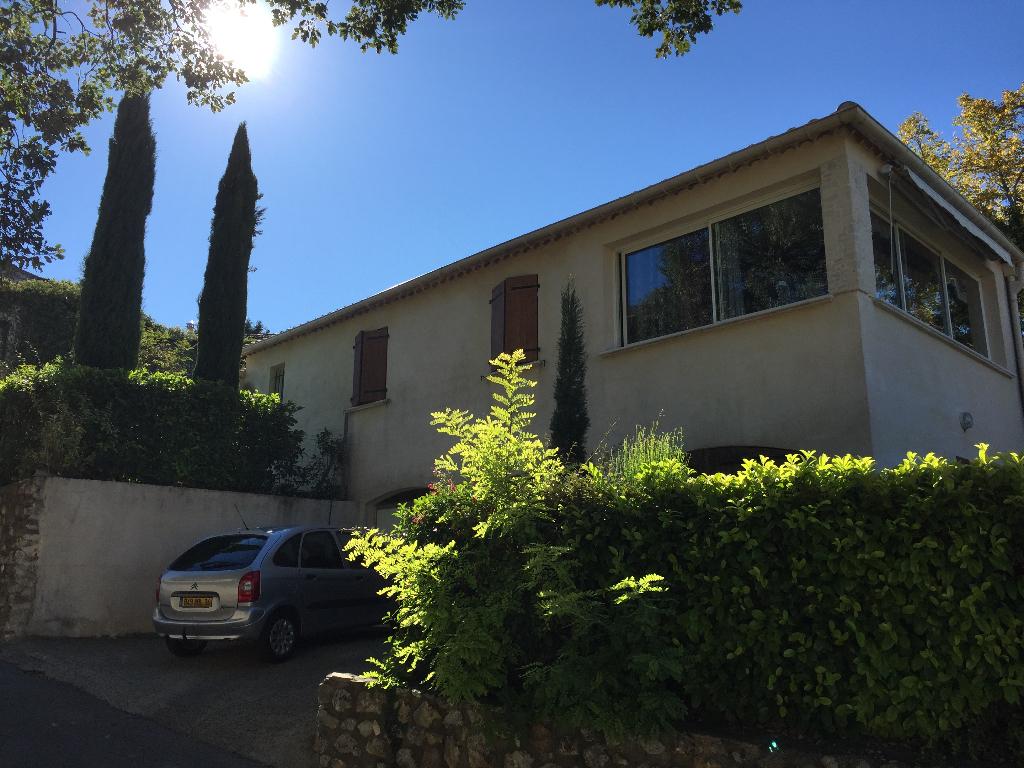 Maison 90 m2, 3 chambres, jardin et garage
