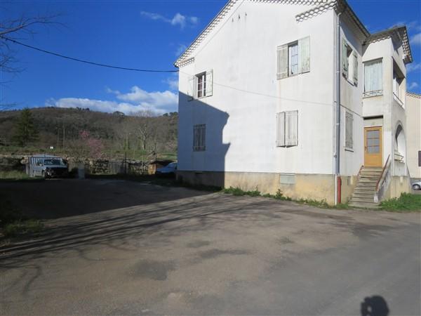 Appartement RDC avec jardin de 600m2