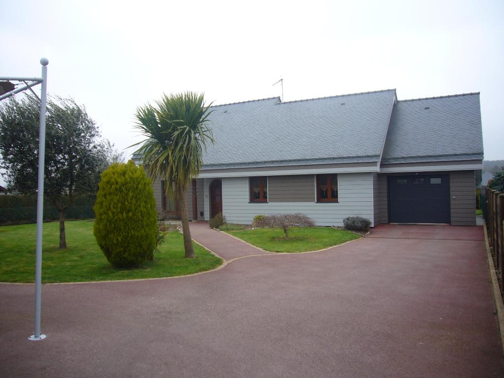 A vendre  Maison  6 pièces  Meucon 56890 Morbihan Bretagne