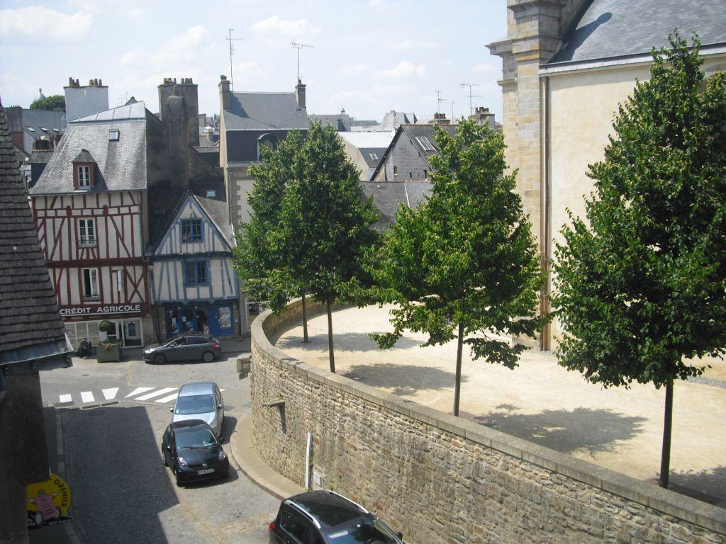 A louer T3  en duplex Vannes 56000 Morbihan
