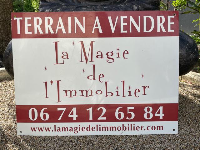 Terrain constructible de 600 m2 à Bouguenais Bourg