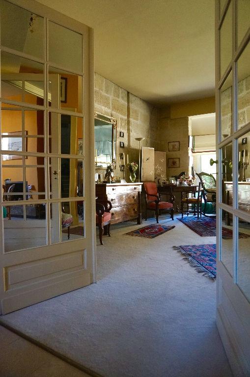 BORDEAUX CROIX BLANCHE MAISON FAMILIALE EN PIERRE AVEC GRAND JARDIN ET PARKING