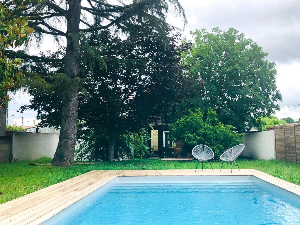 BORDEAUX  TRES BELLE MAISON D'ARCHITECTE PISCINE