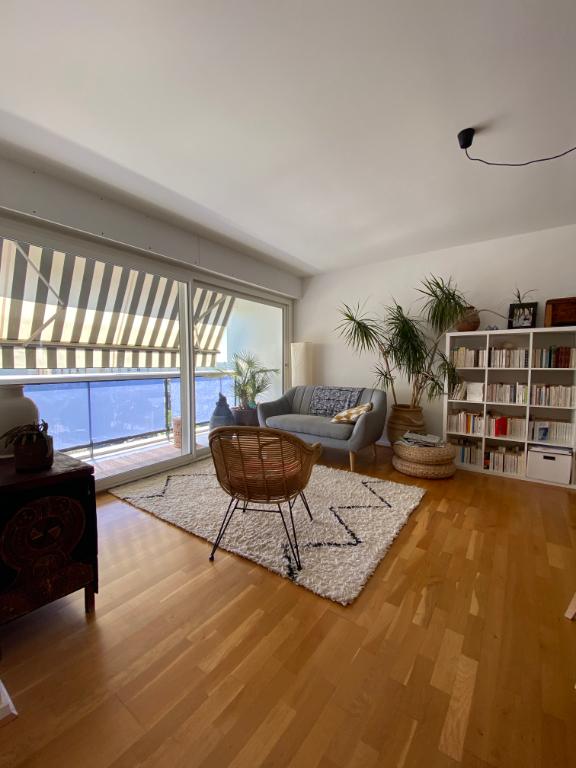 APPARTEMENT de 105 m2 REFAIT A NEUF Chartrons Camille Godard