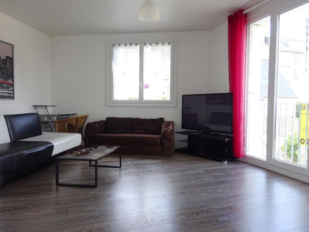 A LOUER BREST KERBONNE APPARTEMENT T2 meublé de 51 m²