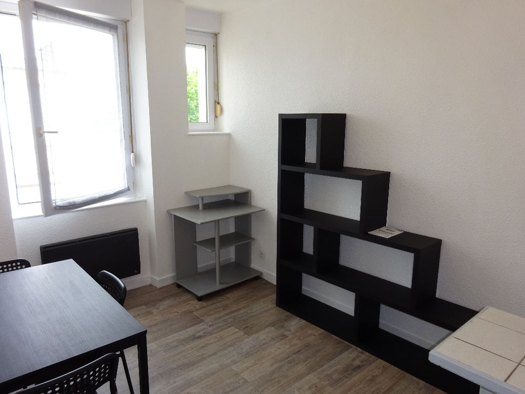 LOCATION BREST OCTROI CENTRE VILLE JAURES APPARTEMENT T1 BIS 27 M²
