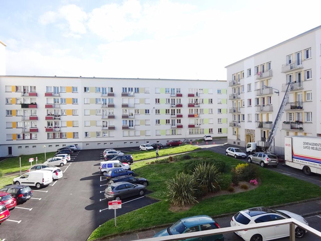 A VENDRE BREST SAINT LUC APPARTEMENT T3 de 58 m² DALLE BÉTON
