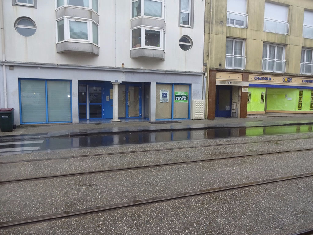 A LOUER BREST JAURES LOCAL COMMERCIAL de 60 m²