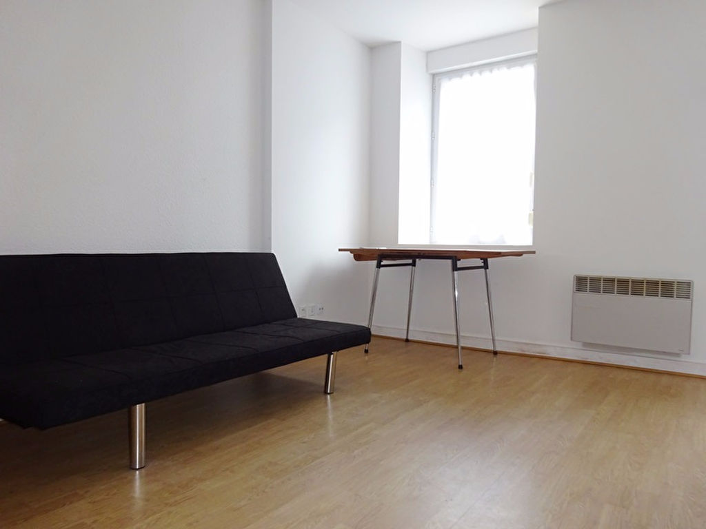 A LOUER BREST SAINT MARTIN STUDIO de 18 m²