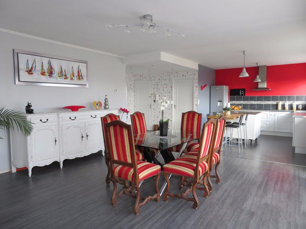 A VENDRE BREST QUATRE MOULINS APPARTEMENT T6 116.34 m² ASCENSEUR PARKING PRIVE
