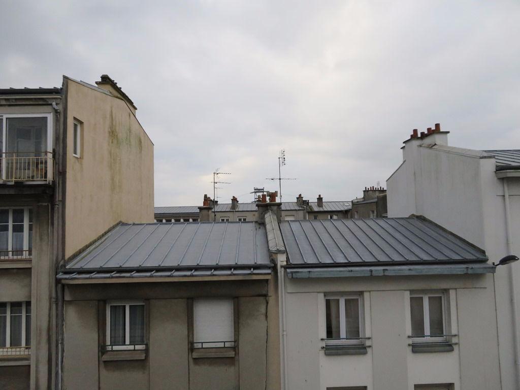 A VENDRE  BREST  SIAM  SAINT LOUIS  APPARTEMENT T2 de 37 m²  DERNIER ÉTAGE  DALLE BÉTON