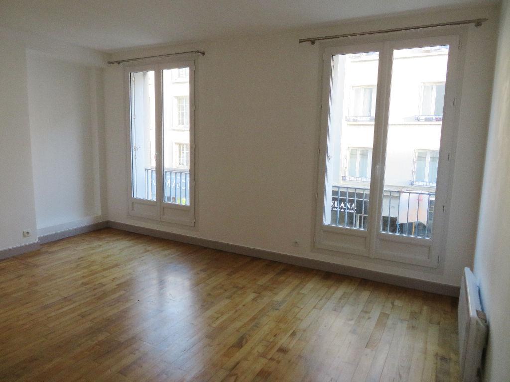A VENDRE  BREST  SIAM / SAINT LOUIS  APPARTEMENT T3  69.48 m²  PARFAIT ETAT   RARE SUR LE MARCHE