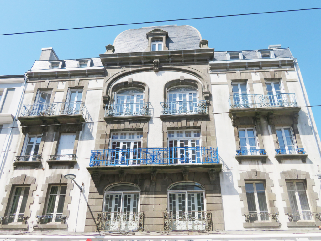 BREST  CENTRE JAURES  APPARTEMENT BOURGEOIS T5  117.39m²  ASCENSEUR  BELLE ARCHITECTURE