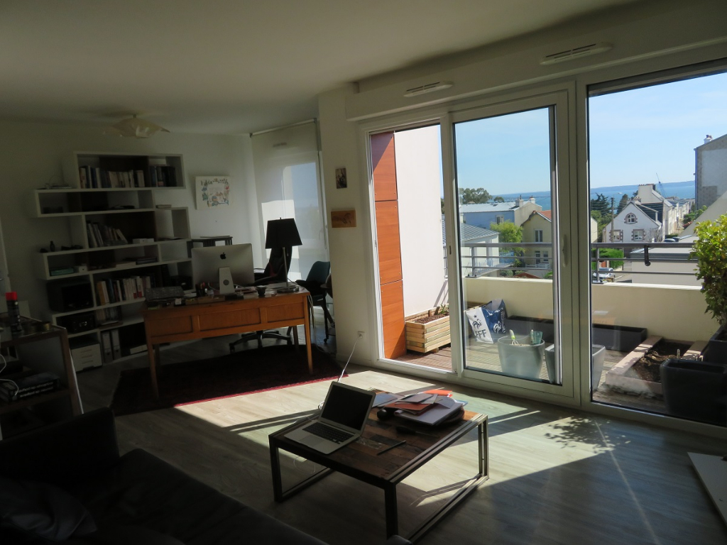 EXCLUSIVITÉ BREST KERBONNE VUE MER APPARTEMENT T3 DE 2011 BALCON CARBOX