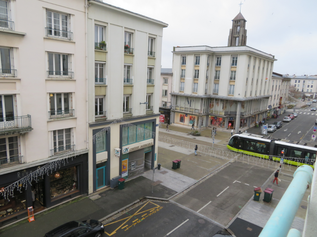 A VENDRE  BREST CENTRE SIAM TRIANGLE D'OR APPARTEMENT T3 57 M2 CACHET