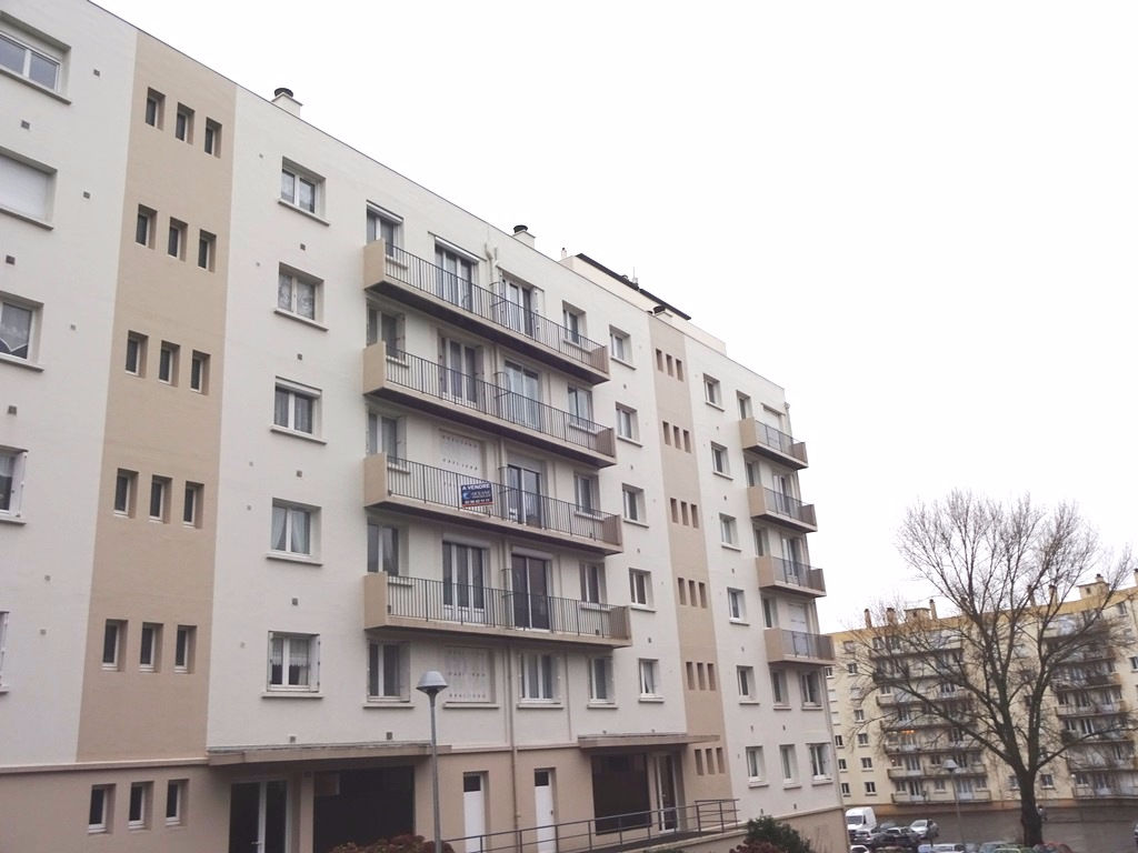 EXCLUSIVE RIGHT TO SELL NEW APARTMENT T3 BREST 73 m² living ELEVATOR 2 BALCONIES
