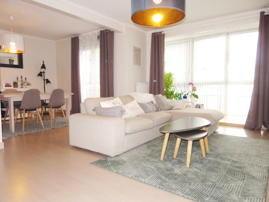 A VENDRE  BREST  PONT NEUF  APPARTEMENT  T5  99 M²  ASCENSEUR  BALCON  PARKING