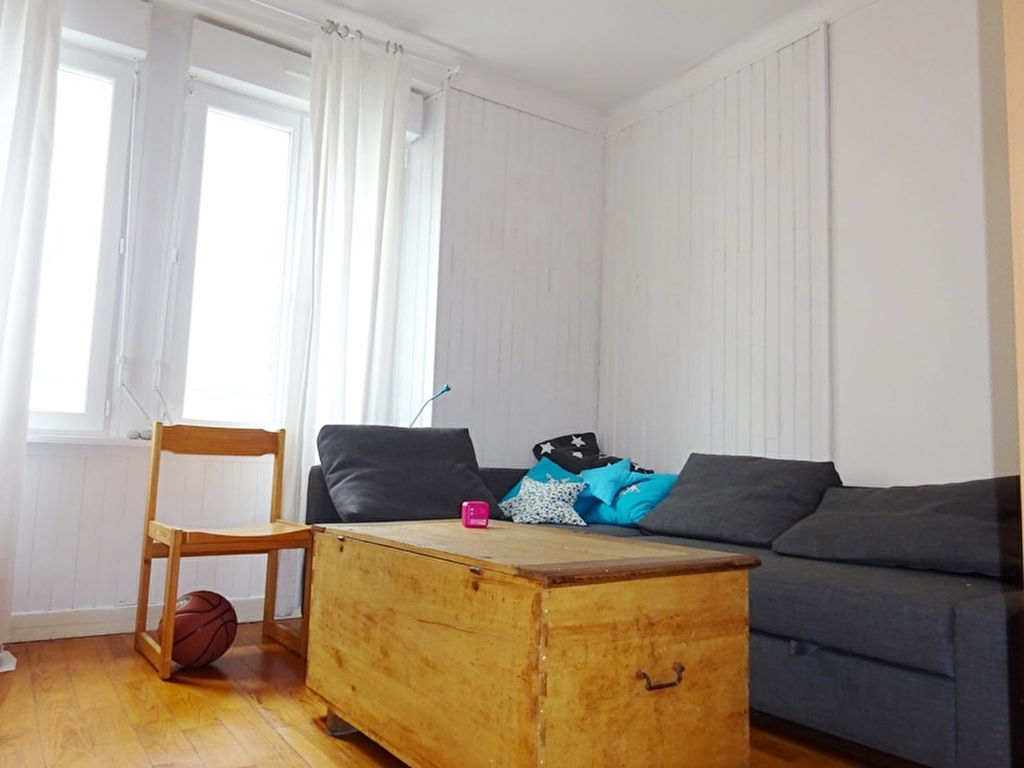 A LOUER BREST SIAM TRIANGLE D'OR  APPARTEMENT T1 DE 42 m²