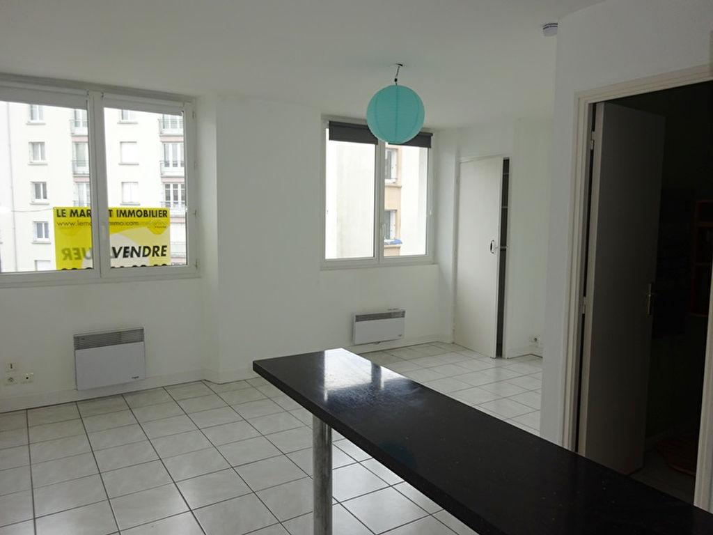 À LOUER BREST JAURES/CENTRE LIBERTE STUDIO de 22 m²