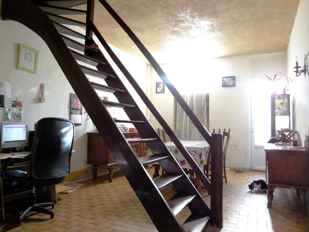 Roubaix, maison Flamande 2 Chambres + cour