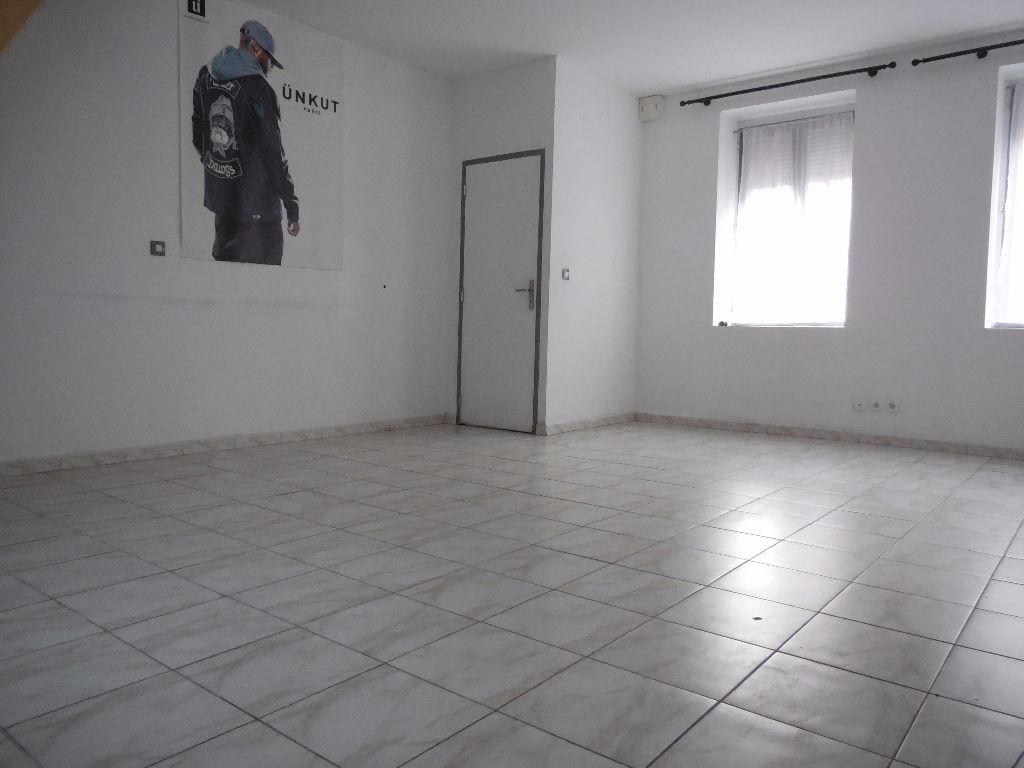 Roubaix - Maison 4 chambres + cour