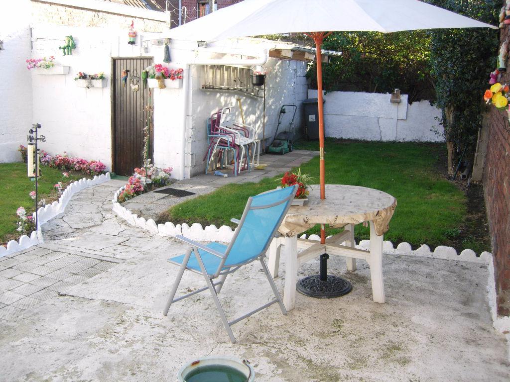 Roubaix Semi-Bourgeoise 4 Chambres Jardin Garage