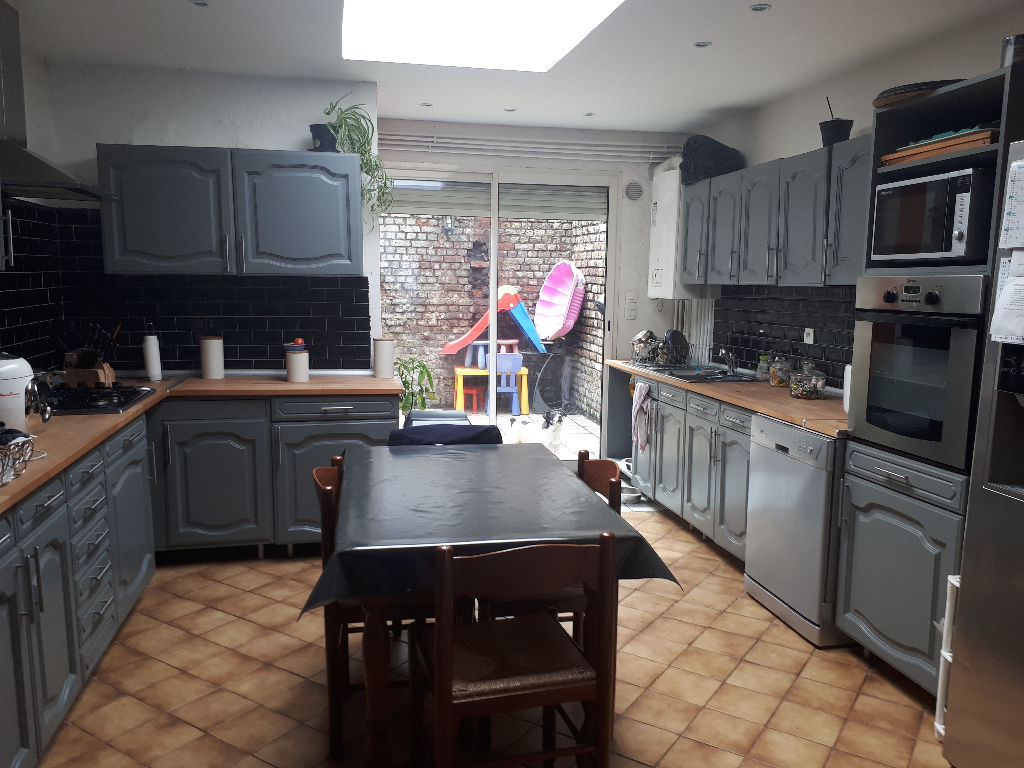 Maison Roubaix 5 pièce(s) 110 m2 environ et une terrasse