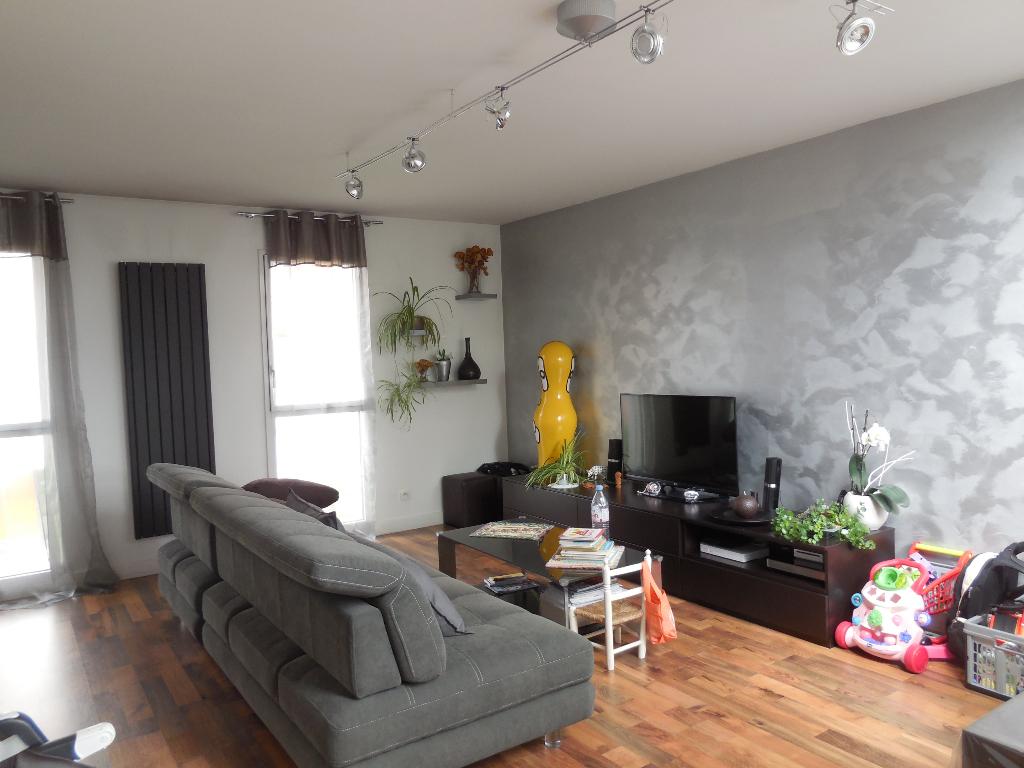 Maison Roubaix 4 chambres centre ville terrasse garage