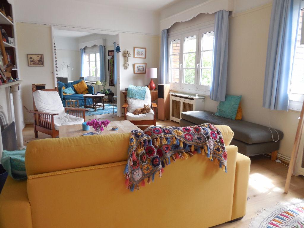 Superbe appartement 4 chambres, face au parc Barbieux