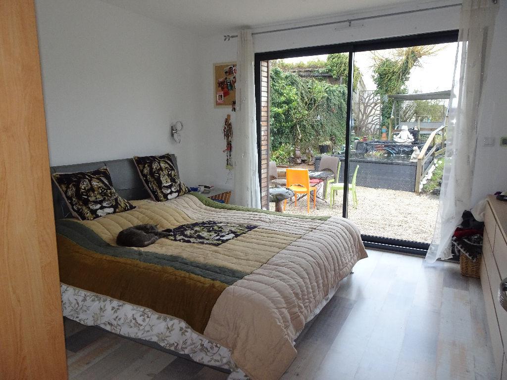 360° - VILLENEUVE D' ASCQ, Villa spacieuse jardin garage +Appartement de 80m2