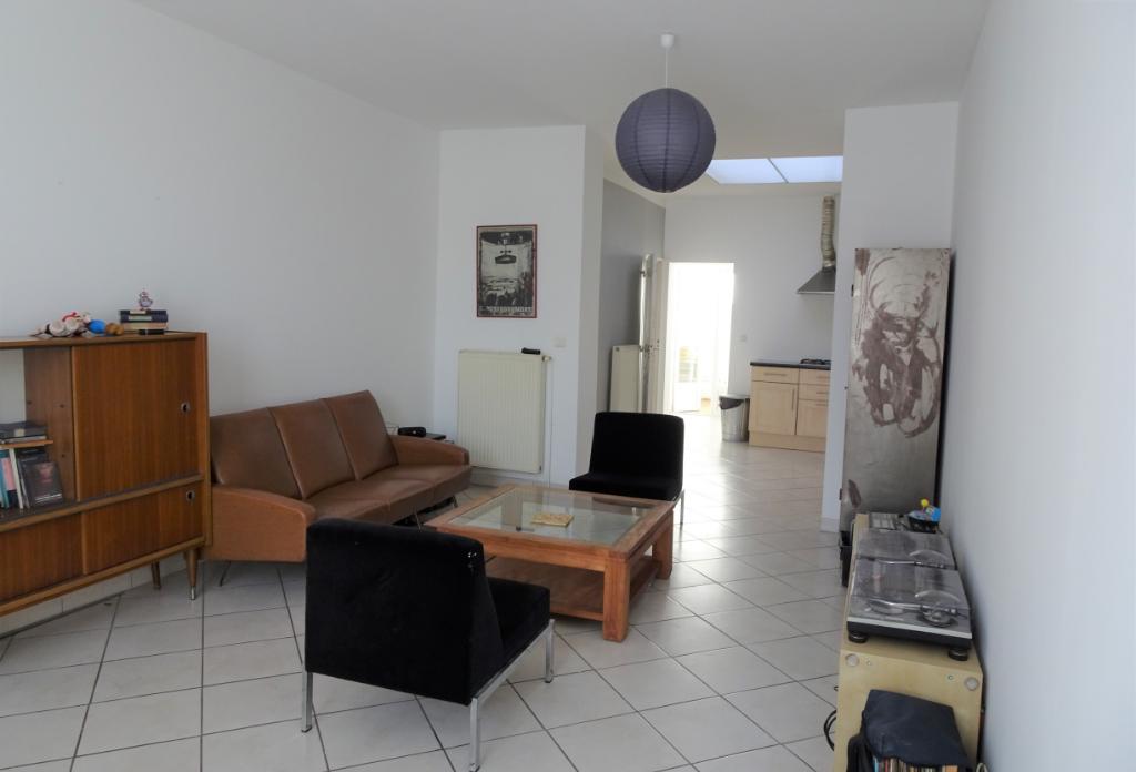 Maison 3 chambres, mezzanine, cour