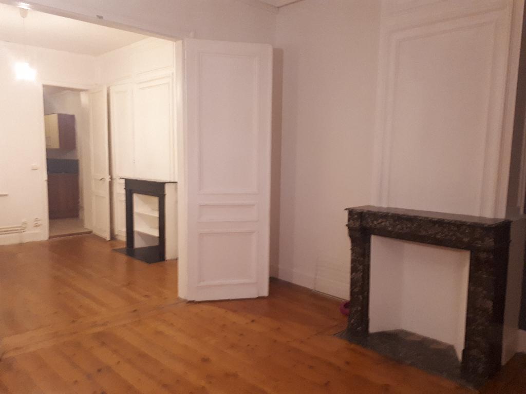 Appartement de Type 2, rez-de-chaussée Lille  Montaigne