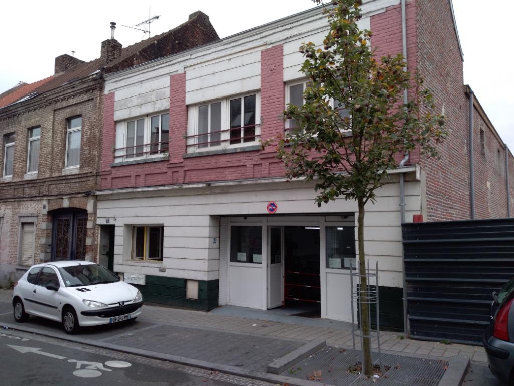 Roubaix musée de La Piscine et gare Immeuble de Rapport