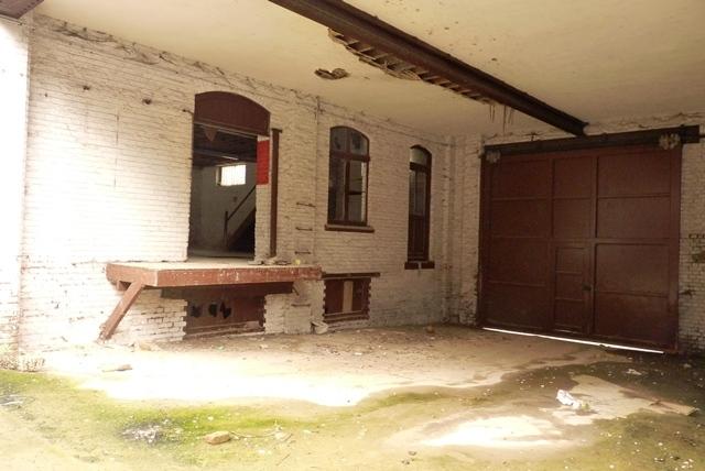 "Entrepôt Lot A-08- ""Brownfield"""