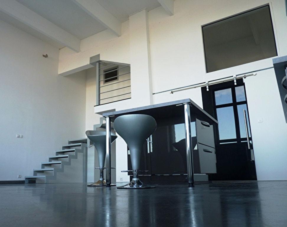 "Appartement- Loft ""Fireproof Fabric"""