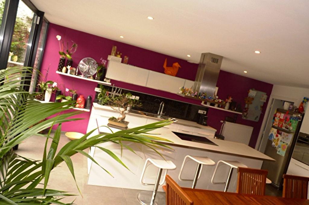 """Maison-loft """"Colorful Globes"""""""