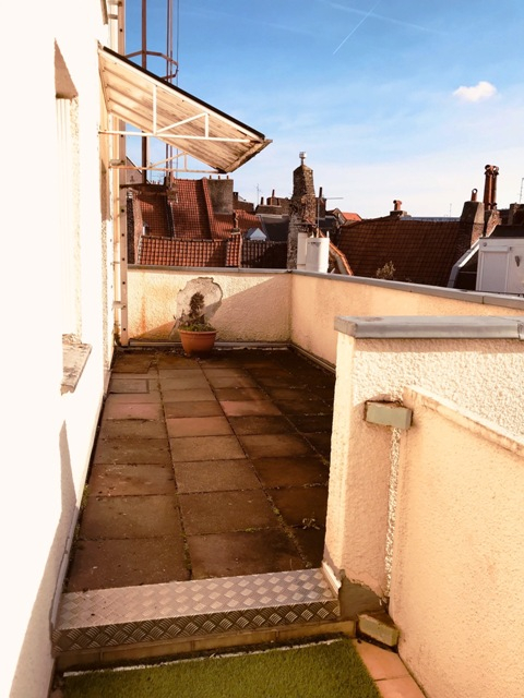 Appartement-Meublé- 2 chambres-terrasse-garage