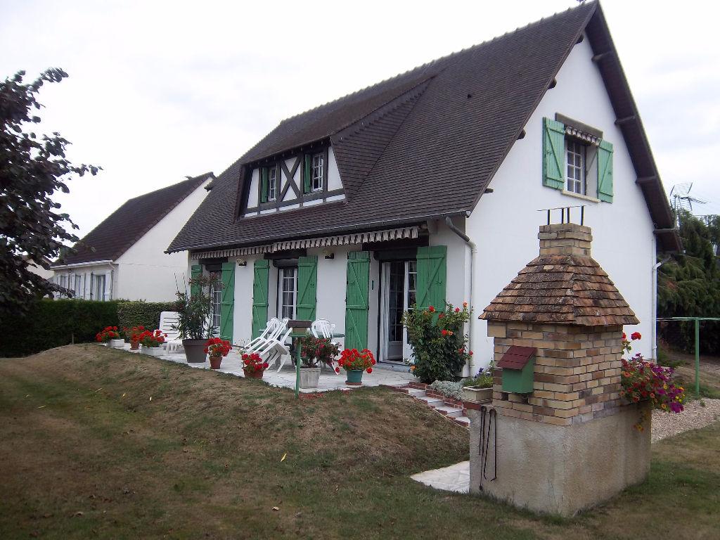 Beau pavillon, construction traditionnelle
