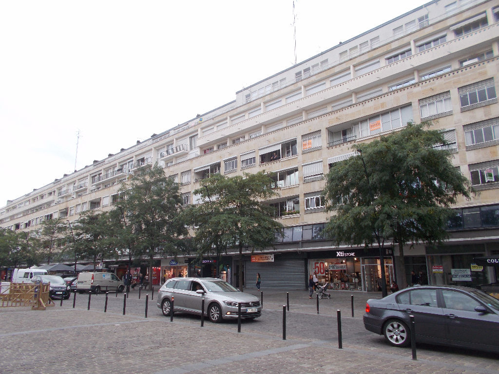 Appartement place d'Armes Valenciennes