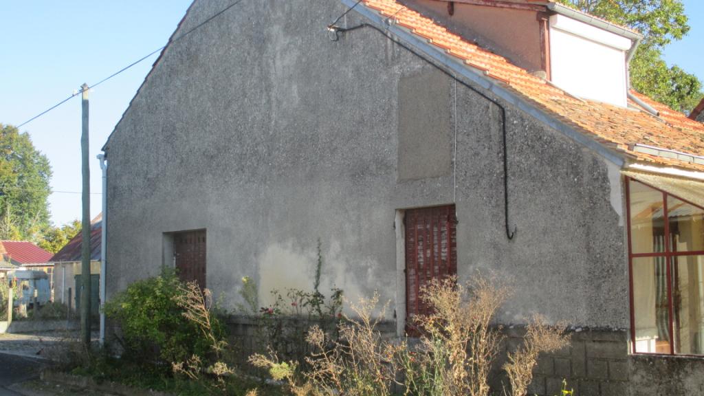 Maison proche Talcy à rénover