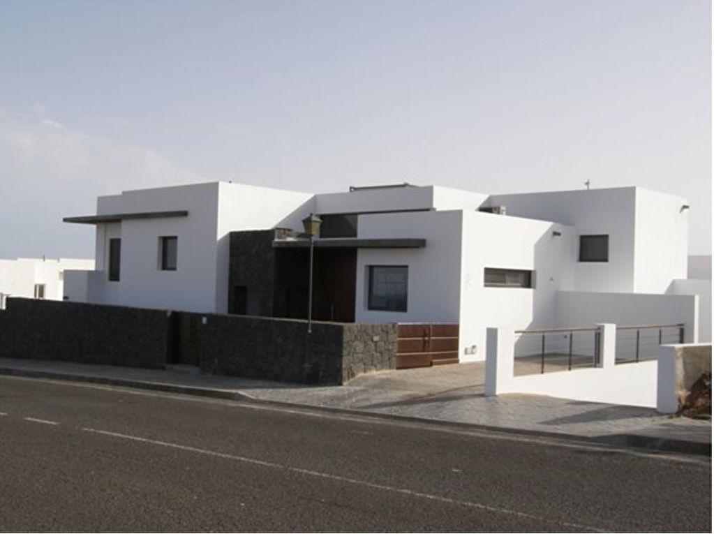 A saisir une très belle villa  moderne à Lanzarote, les iles Canaries.