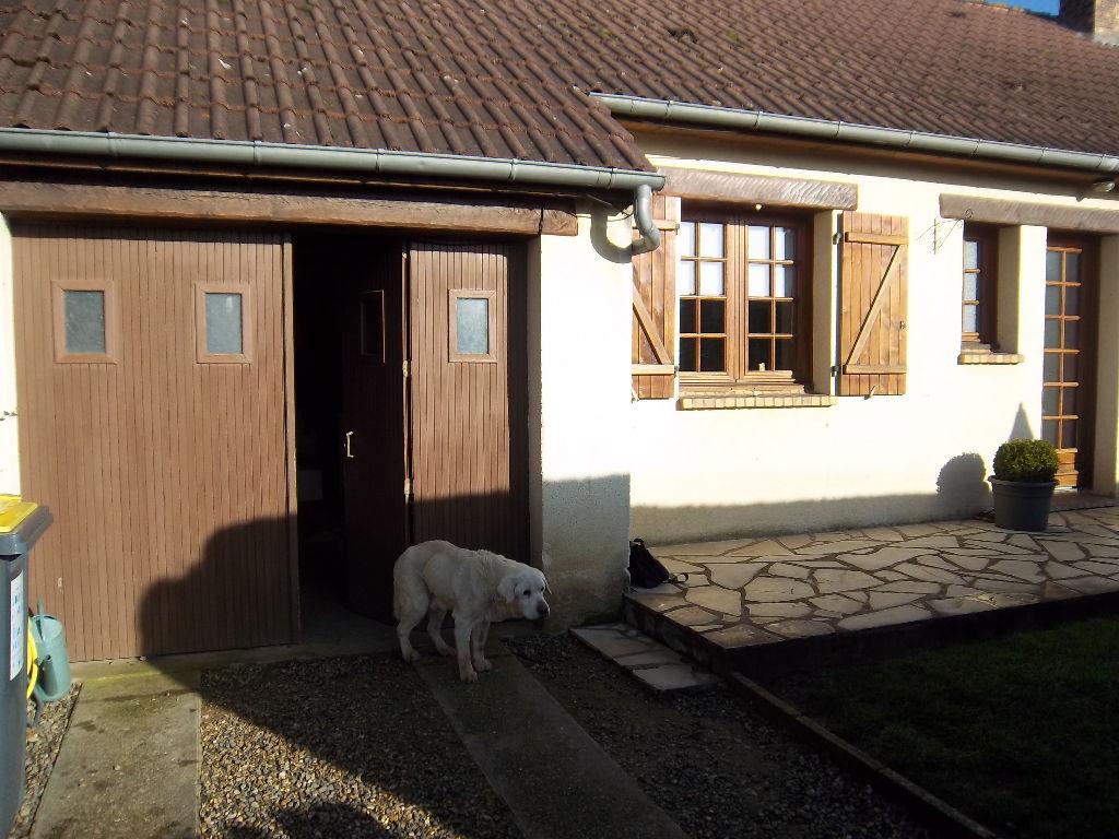 agréable maison centre de Serquigny